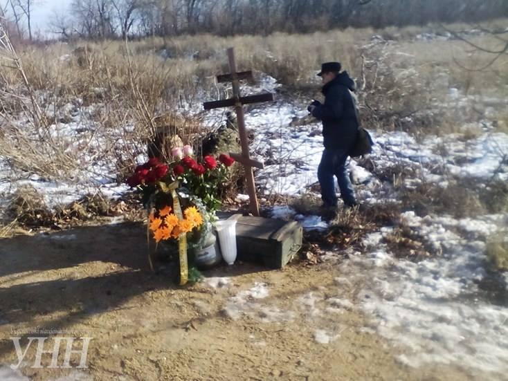 В Донецкой области почтили память погибших год назад под Волновахой2