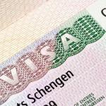 старые загранпаспорта считаются действительными до истечения срока шенгенской визы