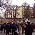 На Майдане зафиксирована первая потасовка