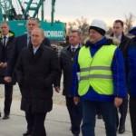 Прибытие Путина в Крым с целью посещения строительной площадки