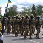 Хмельницкий выпустил 29 инструкторов ВСУ по программе НАТО