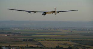 Самолет на солнечных батарейках пролетел через весь Атлантический океан