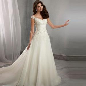Свадебные платья оптом можно заказать у нас2