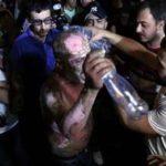На митинге в Ереване мужчина совершил акт самосожжения